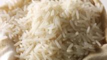 On aura tout vu dans ce monde : 2,5 tonnes de riz en plastique saisies au Nigeria !