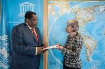 Guinée Equatoriale/UNESCO :  l'Ambassadeur MIGUEL OYONO NDONG MIFIMU présente ses lettres de Créance