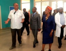 Constancia Mangue de Obiang, Prête une oreille attentive au difficultés rencontrées  par les malades internés au Centre Psychiatrique de Sampaka !!!