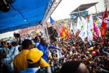 En RDC, l'opposant Etienne Tshisekedi montre ses forces dans les rues de Kinshasa