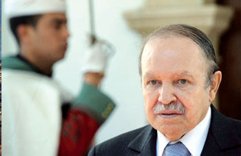 A l'occasion de la fête nationale de son pays,le Président de la République Algérienne Abdelaziz Bouteflika félicite le Président Equato-Guinéen