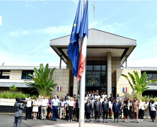 Ambassade de France à Malabo : Soutien au peuple français