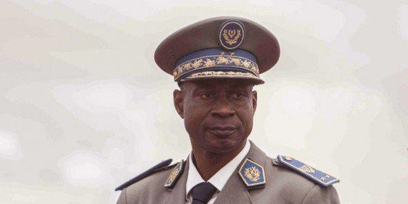 Burkina: une vingtaine de soldats arrêtés pour avoir planifié de libérer Diendéré