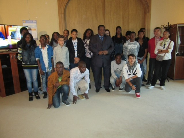 Coopération France / Guinée Equatoriale  : Les élèves du Lycée Français  de Malabo en séjour linguistique et touristique à Paris !!!