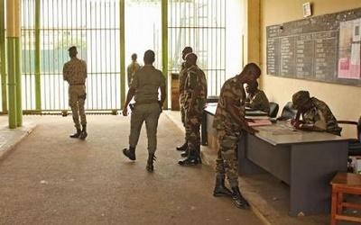Burkina-Faso : Les gardes de sécurité pénitentiaire en grève illimitée