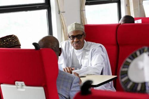 Nigéria : le président Buhari inaugure le 1er Train à Grande Vitesse de l'Afrique de l'Ouest