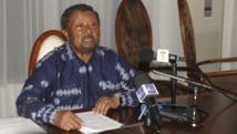Gabon: l'opposant Jean Ping saisit la Cour constitutionnelle contre Bongo