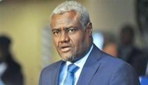 L'Union africaine suggère à Emmanuel Macron de ne plus mener d'initiatives parallèles en Libye