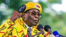 """Vent de """"panique"""" au Zimbabwe: Mugabe revient en politique, en sous-main"""