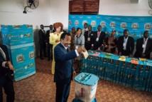 Cameroun : Paul Biya réélu  avec 71,28 % des voix