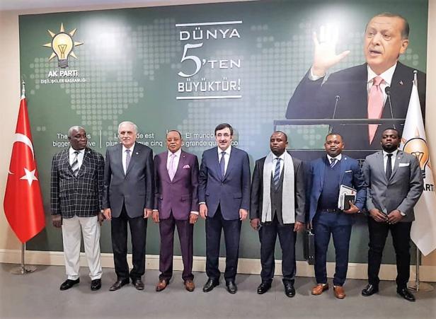 LE PDGE en Turquie :  Le parti s'ouvre au monde extérieur et renforce son leadership !