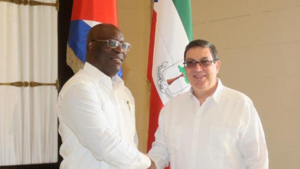 Le ministre des Affaires étrangères cubain, Bruno Rodríguez Parrilla et le ministre des Affaires étrangères équato-guinéen, le 08 avril 2019 à Cuba. Photo : GRANMA