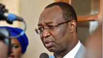 """Présidentielle en Centrafrique: Dologuélé accuse son rival de """"fraudes organisées"""""""