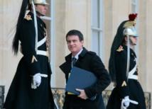 Valls au Mali et au Burkina Faso, frappés eux aussi par le terrorisme
