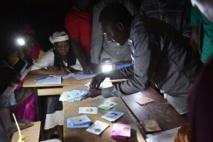 Présidentielle au Niger : le dépouillement a commencé, Issoufou brigue un deuxième quinquennat