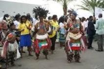 Préparatifs en grandes pompes du festival  des danses Traditionnelles de la Guinée Équatoriale !!! Qui vivra verra !!!