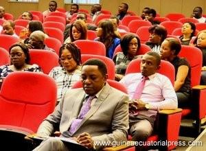 Guinée Équatoriale  Administration publiques : Problématique des fonctionnaires  retardataires ,et adeptes de l'absentéisme ... Le gouvernement va sévir !!!
