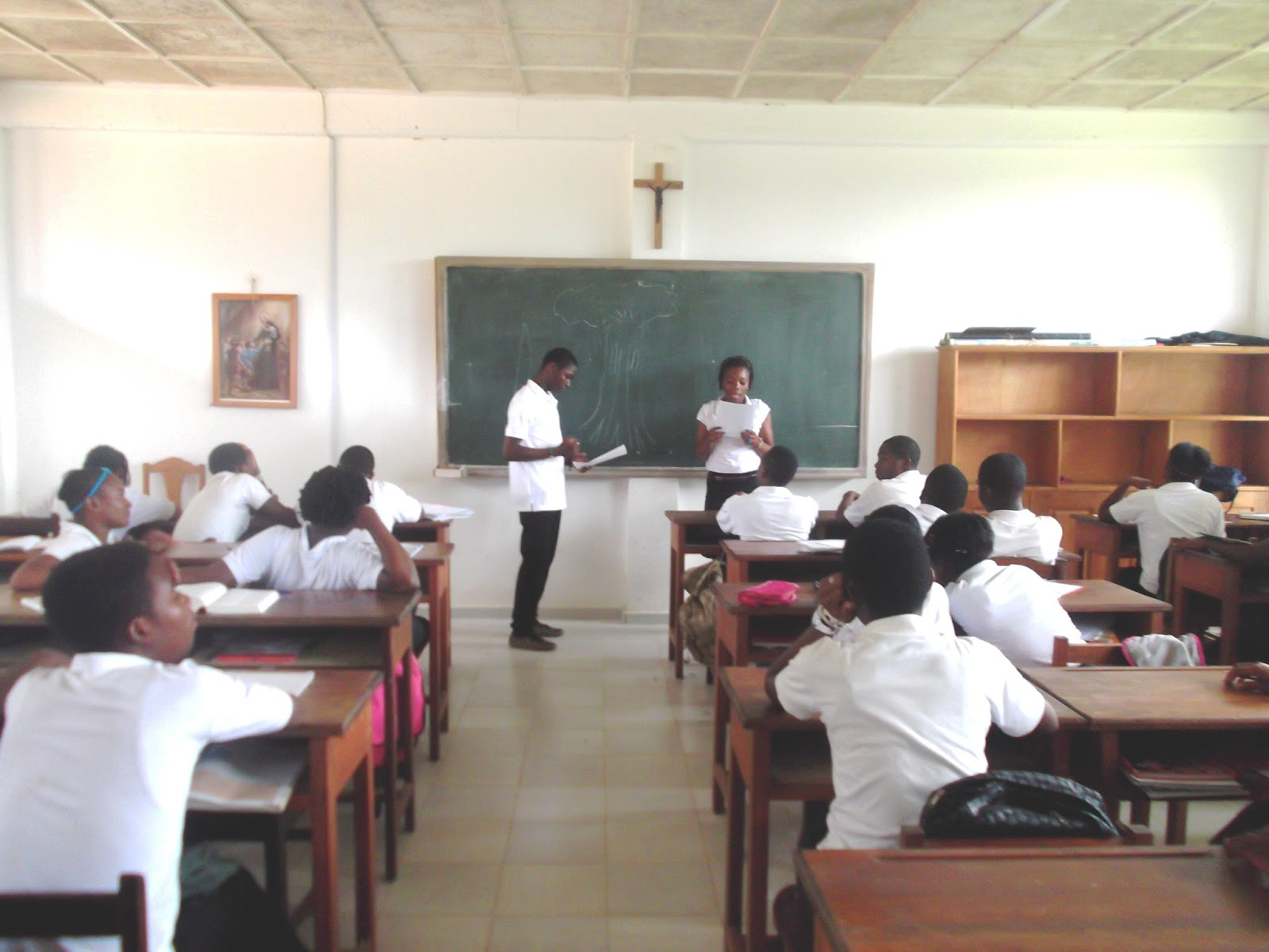Guinée Équatoriale éducation : Importance des cours de vacances pour les élèves  . Les avis sont partagés !!!