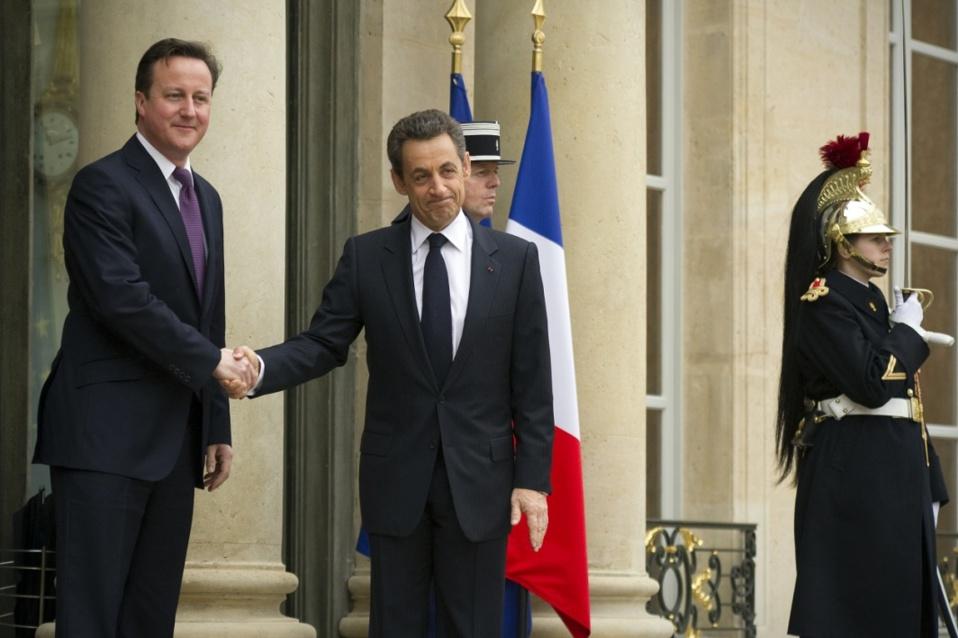 Guerre en Libye: un rapport parlementaire britannique accable Sarkozy et Cameron