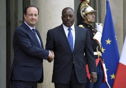 """RDC: """"La Constitution doit être respectée, les élections doivent se tenir"""" (Hollande)"""