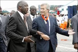 Le groupe Bolloré multiplie les conflits et les problèmes, en France comme en Afrique
