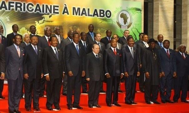 Afrique : Démocratie africaine ou néocolonialisme ?