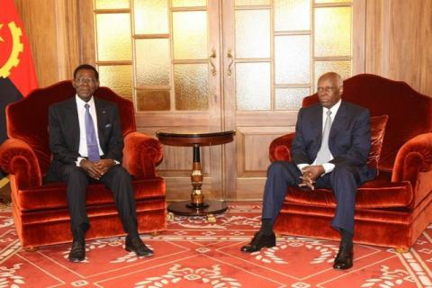 Les Chefs d'Etat  équato-guinéen et angolais se sont entretenus en privé à Luanda