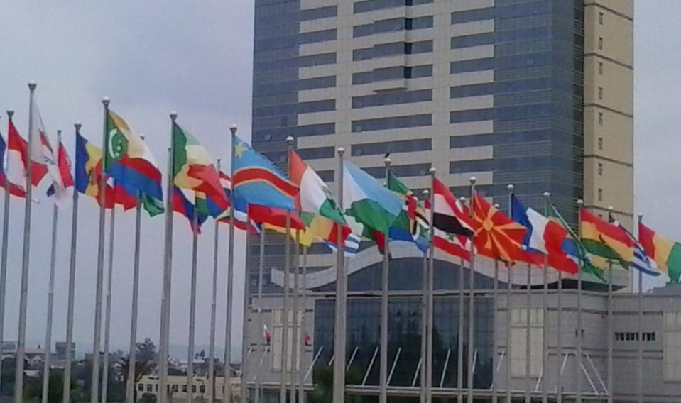 """Francophonie : Les députés des pays membres plaident pour des """"régimes démocratiques"""" en Afrique"""