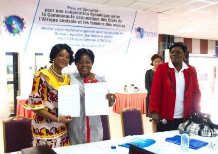 Un réseau des femmes des médias pour la paix et la sécurité voit le jour en Afrique centrale