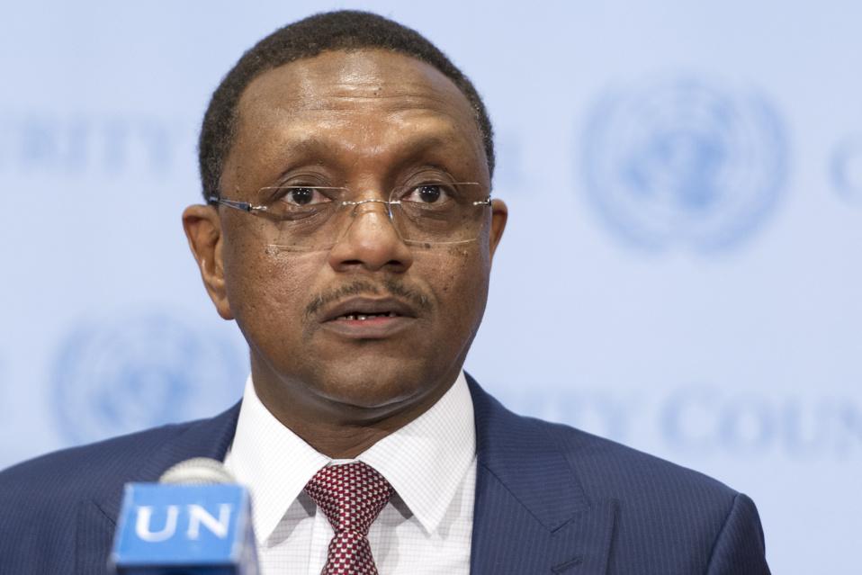 Guinée Equatoriale : Un émissaire du Président Tchadien Idriss Deby  reçu par le Président Obiang Nguema Mbasogo