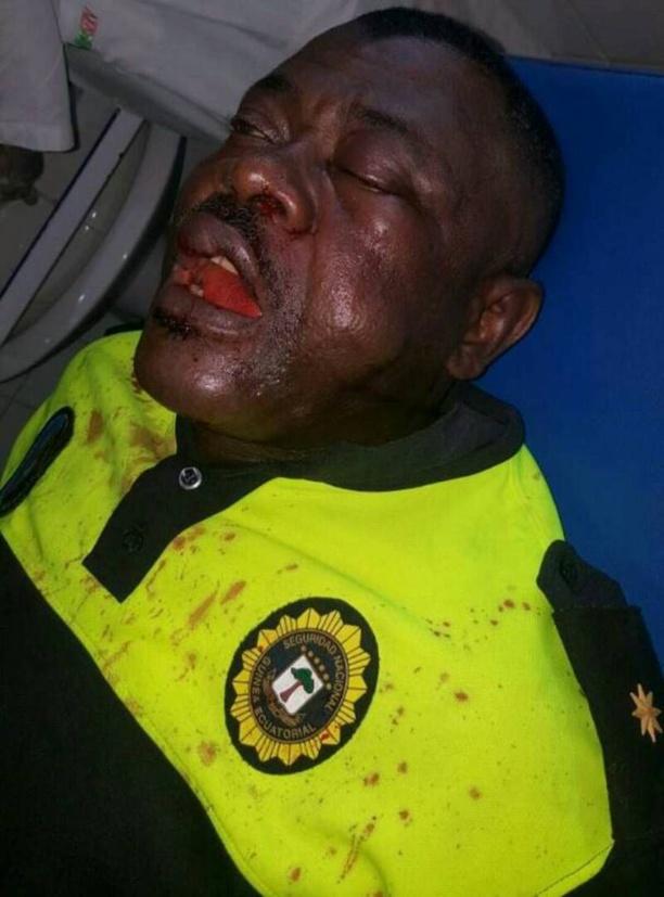 Photo de l'officier de police agressé par les militants CI