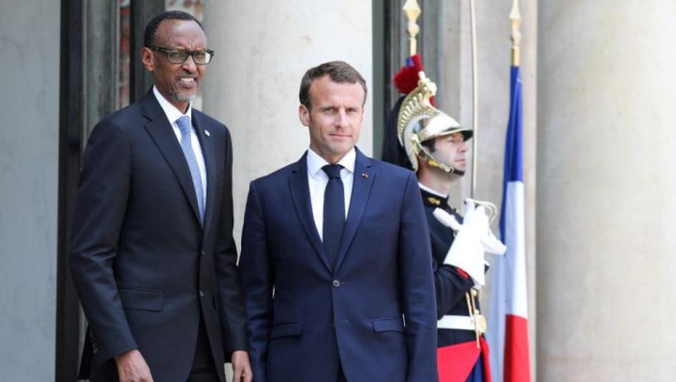 """Paul Kagame à L'Elysée : Macron prône des relations """"apaisées"""" avec le Rwanda"""
