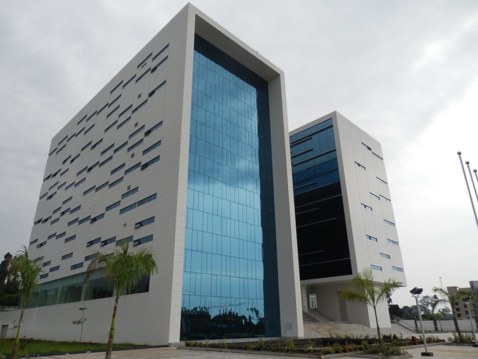 Immeuble du ministère des mines,industrie et énergie à Malabo