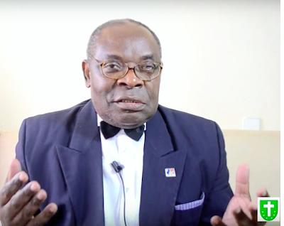 Cet homme a 75 ans aujourd'hui,il veut débarquer en Guinée Equatoriale avec les espagnols par l'opération Baracuda