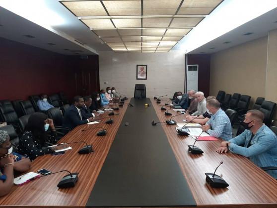 La Guinée équatoriale et la Russie lancent leur projet de cartographie géologique dans le Río Muni