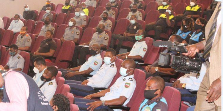 Guinée équatoriale : Fin  du séminaire sur les droits de l'homme à l'intention des policiers et gendarmes !