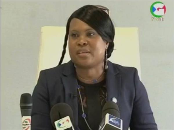 L'opposante Emily Nchama rentre au bercail