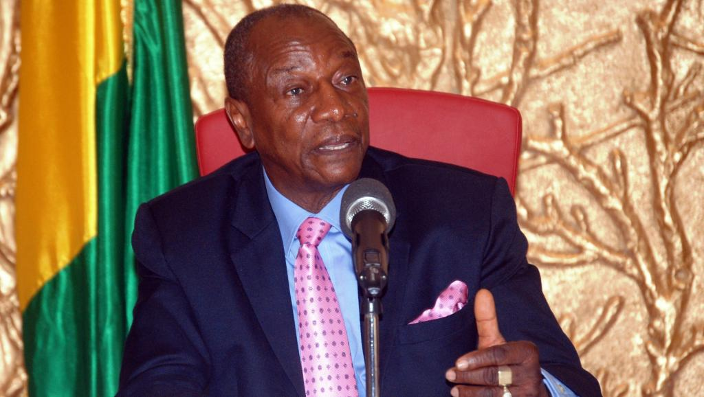 Guinée: Alpha Condé réélu, selon des résultats partiels et provisoires