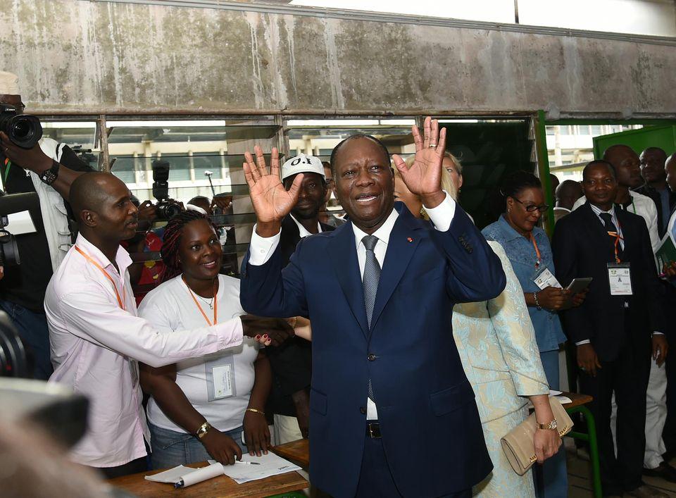 Côte-d'Ivoire : des cafouillages et une participation faible