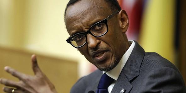 """Le président rwandais Paul Kagame accuse les dirigeants burundais de """"massacrer leur population"""""""