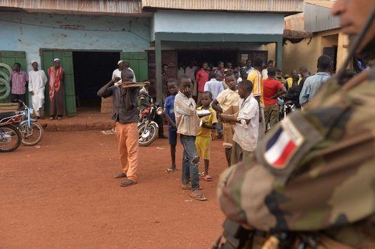 Accusations de viols en Centrafrique: premières auditions de soldats français