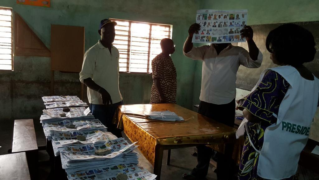 Bénin: le dépouillement se termine après le 1er tour de la présidentielle