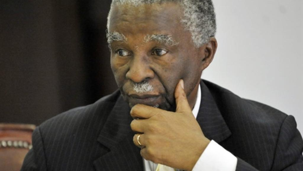 Afrique du Sud: 20 ans après, Mbeki provoque à nouveau l'indignation sur le Sida