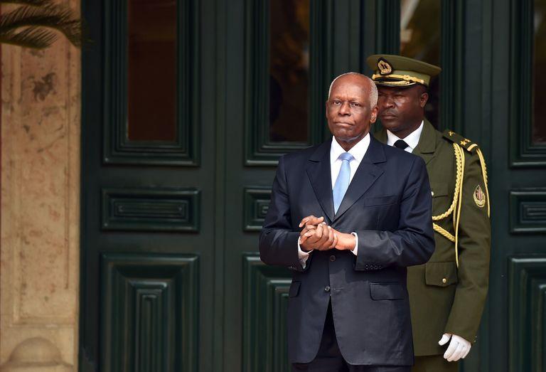 Angola : le président dos Santos annonce qu'il quittera le pouvoir en 2018