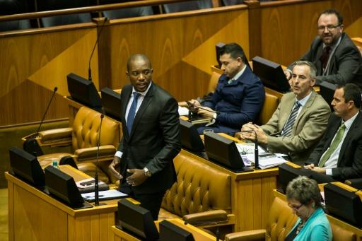 Le président sud-africain de nouveau embourbé dans un scandale d'influence