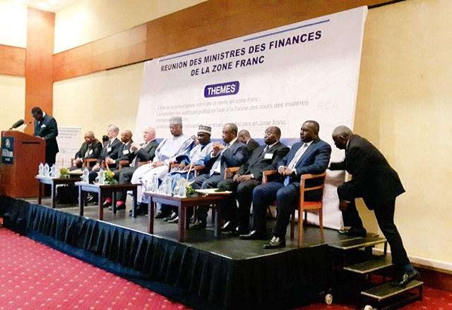 Monnaie : Michel Sapin et le devenir du CFA