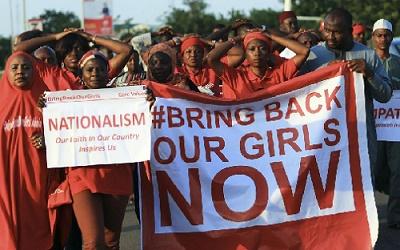 """Nigéria : Deux ans après, Boko Haram donne une 'preuve de vie"""" des filles de Chibok"""