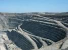 Les diamants, produit de luxe de plus en plus rare dans les entrailles de la Terre