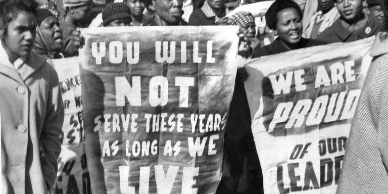 La France offre à l'Afrique du Sud les archives numérisées du procès Mandela