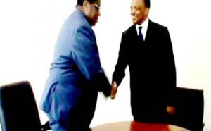 Guinée Equatoriale Ambassade Miguel Oyono Ndong  face à la presse